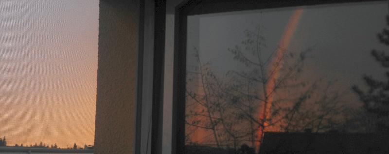 im Fenster spiegeln